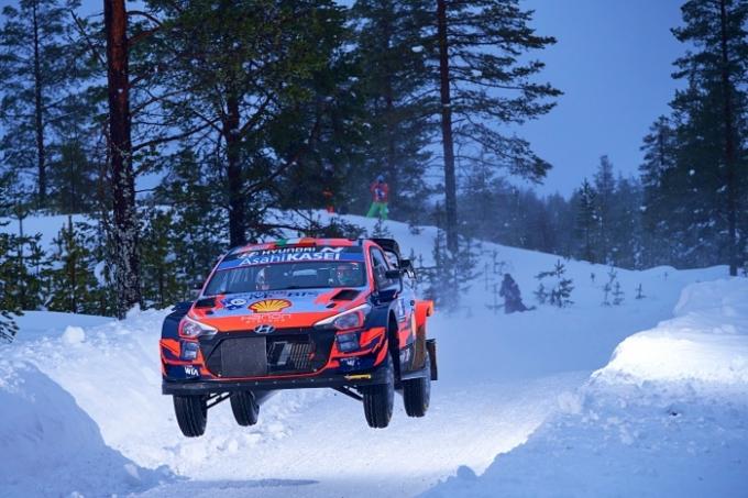 WRC 최초로 북극권에서 열린 이번 북극 랠리는 핀란드 최북단에 위치한 라플란드(Lapland)의 행정수도이자 상업중심지인 로바니에미 인근에서 치러졌다. /사진제공=현대차