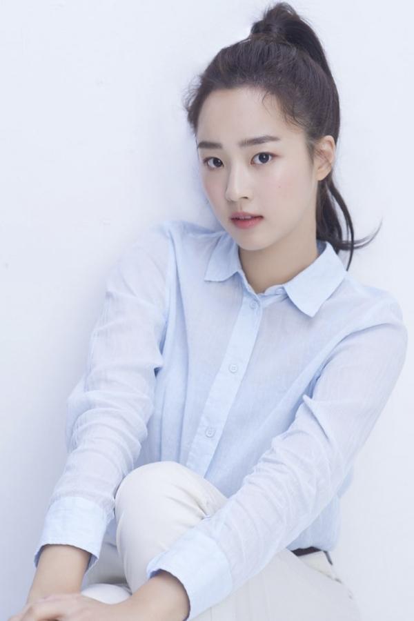 드라마 '펜트하우스 시즌2'에서 하은별 역을 맡고 있는 배우 최예빈이 학폭 의혹에 휩싸였다. /사진=제이와이드컴퍼니 제공