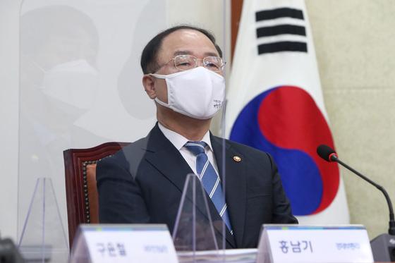 """4차 재난지원금 19.5조… """"지원 단가 300만→ 500만원"""""""