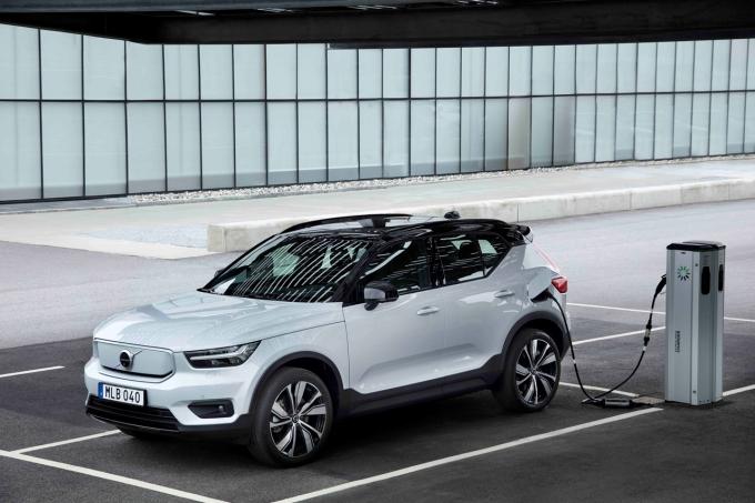 볼보자동차가 오는 2030년까지 완전한 전기차 기업으로 전환한다./사진=볼보자동차