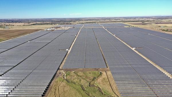 미국 텍사스주 81MW 태양광 발전소. /사진=한화큐셀