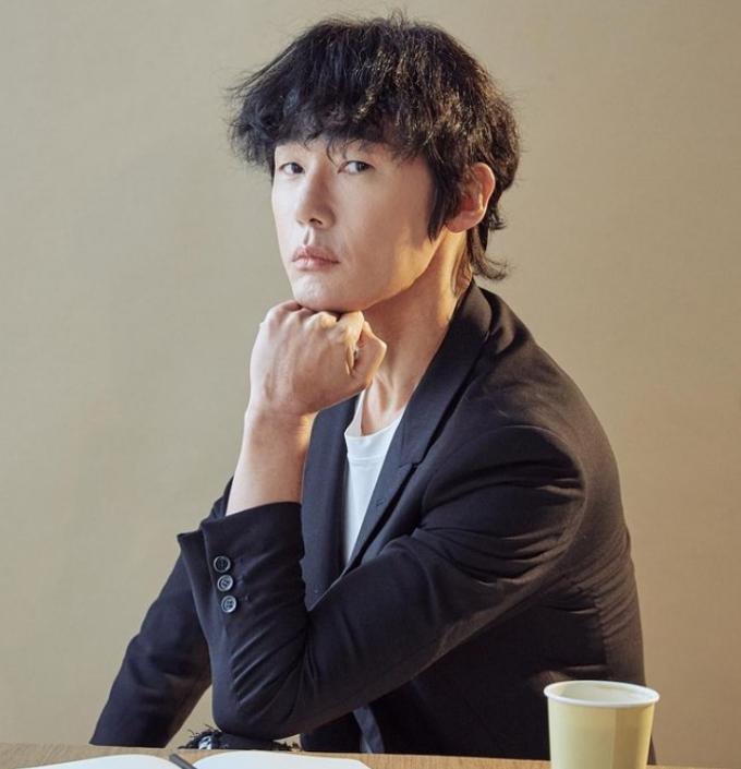 """허지웅, KTX 햄버거女에 일침… """"삼루에 태어난 주제에"""""""