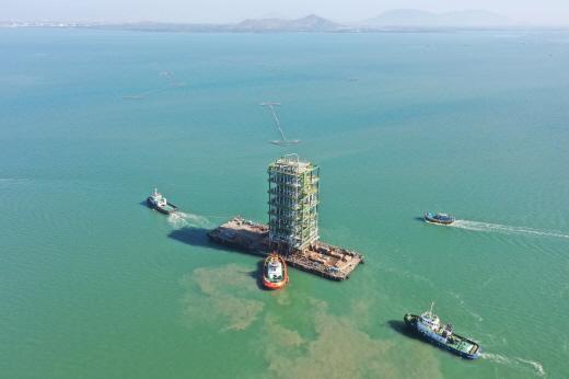 베트남 남부 해안 붕따우(Vung Tau)시 롱손섬에서 진행되는 롱손 석유화학 프로젝트(패키지 B·C)는 연산 45만톤의 HDPE(High Density Polyethylene: 고밀도 폴리에틸렌), 40만톤의 PP(Polypropylene: 폴리프로필렌) 생산시설을 건설하는 사업이다. /사진제공=삼성엔지니어링