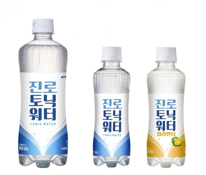 하이트진로음료는 지난 1월 믹서 브랜드 '진로 토닉워터'의 600㎖ 대용량 페트 제품을 출시했다. /사진=하이트진로음료