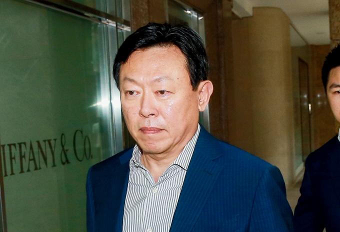 롯데그룹이 최악의 위기를 겪고 있는 가운데 신동빈 회장이 이를 어떻게 극복할지 주목된다. /사진=머니투데이 김창현 기자