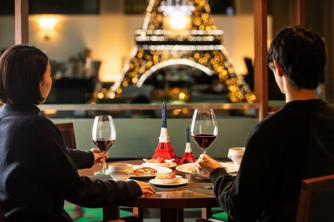 노보텔 앰배서더 서울 강남의 로맨틱한 화이트데이를 위한 '알로 파리'(Allo Paris) 패키지