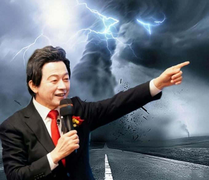 국가혁명당 허경영 서울시장 후보는 '서울시장 후보 지지율 조사'에서 자신을 포함시켜 달라고 요구했다. 그렇지 않을 경우 하늘이 노할 수 있다고 주장했다. (페이스북 갈무리) © 뉴스1