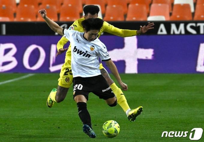 3경기 연속 선발 출전한 발렌시아 공격수 이강인.  © AFP=뉴스1