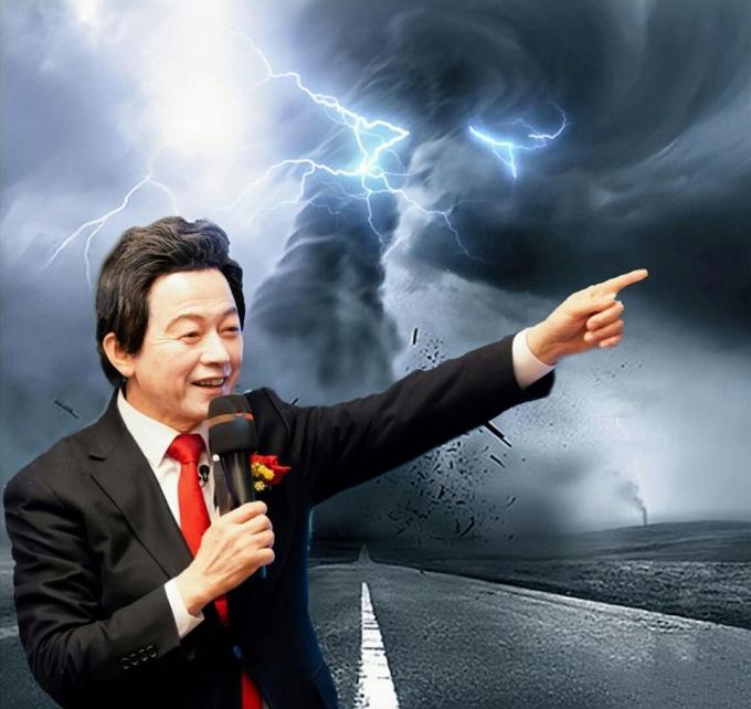허경영 국가혁명당 서울시장 보궐선거 후보가 자신의 이름을 여론조사에 넣을 것을 촉구했다. /사진=페이스북 캡처