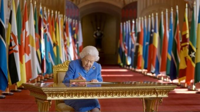 엘리자베스 2세 영국 여왕. (영국 왕실 공식 유튜브 캡처.) © 뉴스1