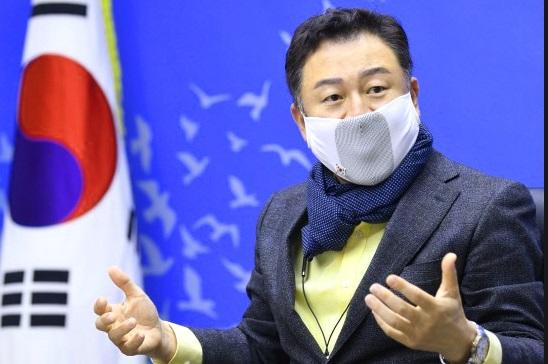 """안승남 구리시장 아들의 병역과 관련해 일부에서 제기한 특혜 의혹에 대해 군 당국이 감찰을 벌여 """"문제없다""""고 결론내렸다. / 사진제공=구리시"""