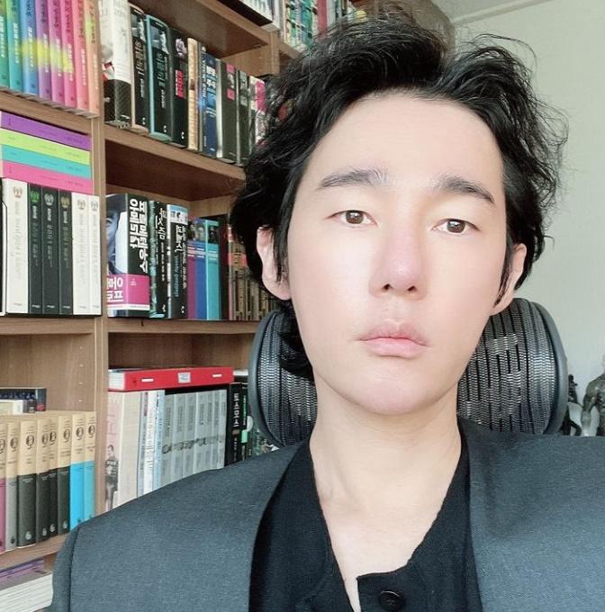 허지웅이 LH 사태를 보고 글을 남겼다. /사진=허지웅 인스타그램 캡처