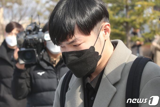 휘성이 9일 징역형의 집행유예를 선고받았다. /사진=뉴스1
