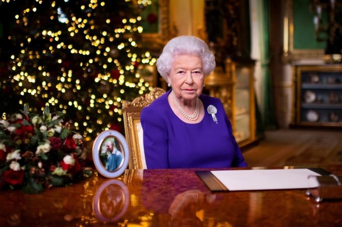 메건 마클 왕자비가 영국에 있을 때 언론들로부터 인종차별적 대우를 당했다고 발언한 가운데 영국 왕실은 엘리자베스 2세 여왕과 온 가족이 슬퍼하고 있다고 전했다. 사진은 엘리자베스 2세 여왕의 모습. /사진=로이터