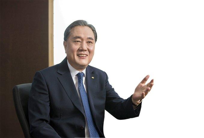 """[CEO 초대석] 박차훈 회장 """"경제 기초체력, 자영업자·소상공인 회복 이끈다"""""""