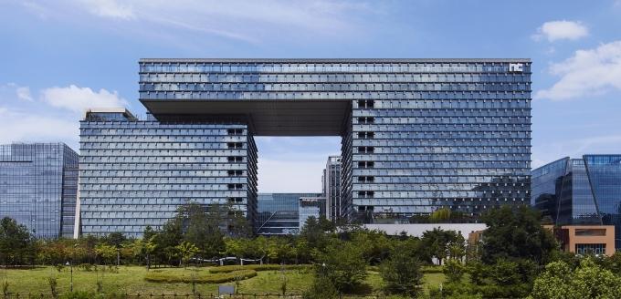 엔씨소프트(이하 엔씨(NC))가 지속가능경영을 강화하기 위해 'ESG 경영위원회'를 신설했다고 15일 밝혔다. /사진제공=엔씨소프트