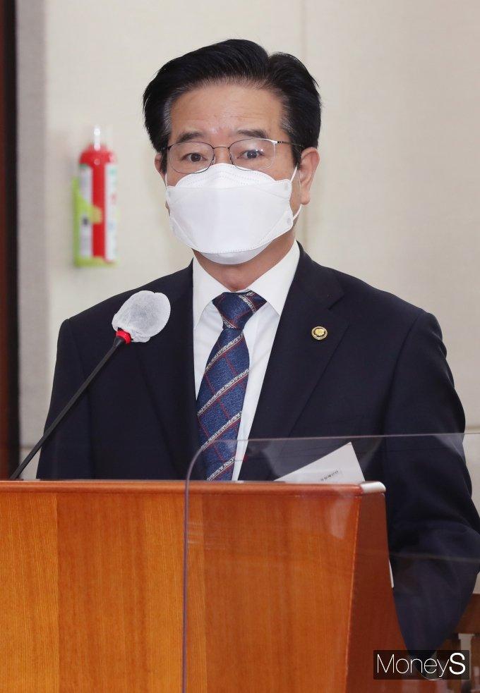 [머니S포토] 추가경정예산안 제안설명하는 김창룡 청장