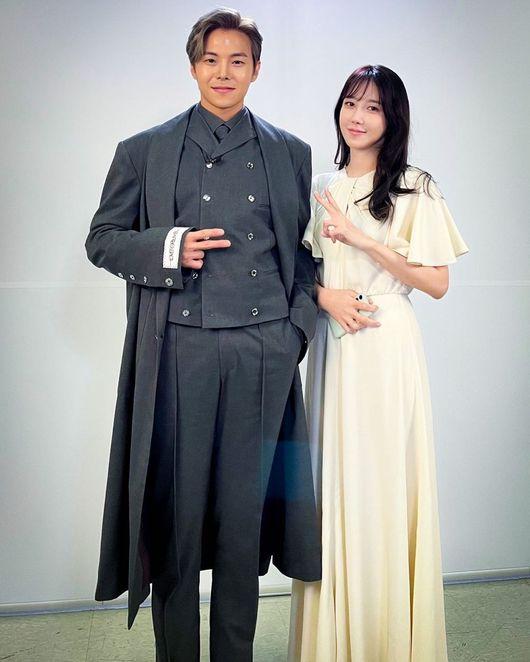 박은석이 이지아와 함께한 사진을 공개했다. /사진=박은석 인스타그램