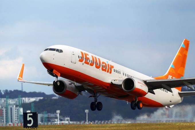 제주항공이 지난 18일부터 인천-베트남 호치민 간 화물 노선 운항을 시작했다./사진=제주항공