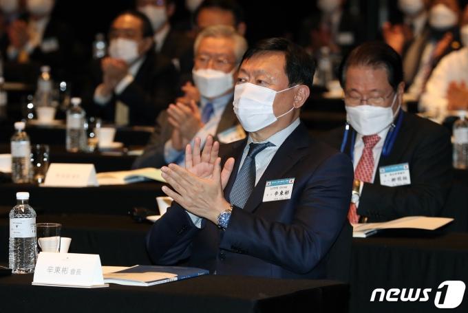 롯데그룹이 미래 먹거리로 바이오 사업 진출을 검토하고 있다. /사진=뉴스1