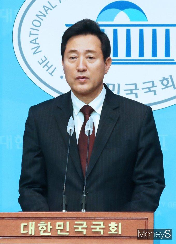 오세훈 국민의힘 후보가 서울 시장 야권 단일화 후보가 된 소감을 밝혔다. /사진=임한별 기자
