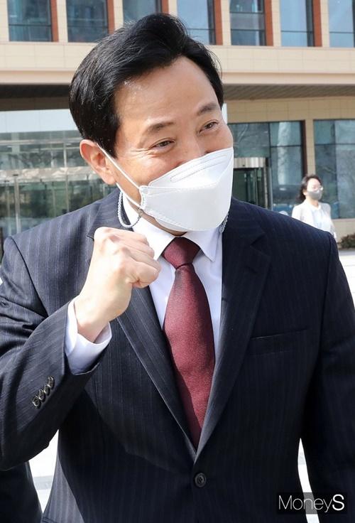 서울시장 재보궐선거에서 야권 단일 후보가 된 오세훈 후보가 내세웠던 세금 관련 공약이 주목받고 있다. /사진=임한별 기자