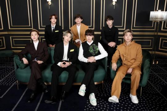 그룹 방탄소년단(BTS)이 '아시아계 혐오를 멈춰라'(STOP ASIAN HATE)는 목소리에 동참했다. /사진=빅히트엔터테인먼트 제공