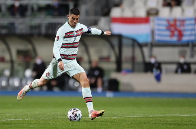 호날두의 A매치 통산 103호골을 앞세운 포르투갈이 월드컵 예선에서 룩셈부르크를 상대로 역전승을 챙겼다. /사진=로이터