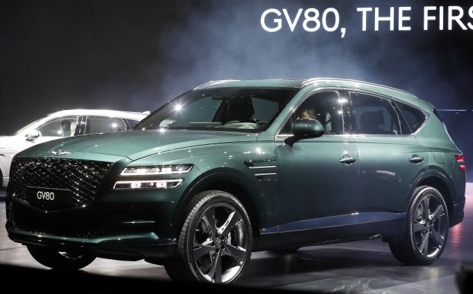 제네시스는 북미시장에 GV80 2.5ℓ 가솔린 터보와 3.5ℓ 가솔린 터보 모델을 출시했다.  /사진=머니투데이DB