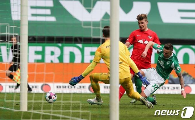 라이프치히가 브레멘을 꺾고 선두 바이에른 뮌헨 추격에 나섰다. © AFP=뉴스1
