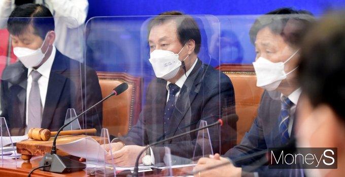 """[머니S포토] 도종환 """"부동산·민생회복·방역 등 과제 정리해 새 지도부 전달"""""""