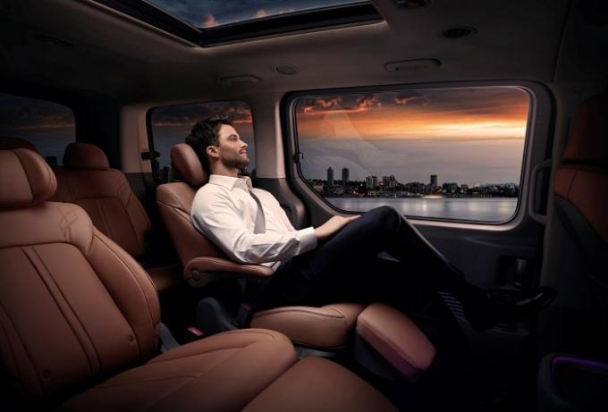 스타리아는 용도에 따라 승용 고급 모델인 '스타리아 라운지'와 일반 모델 '스타리아' 두 가지 라인업으로 운영된다. /사진제공=현대자동차