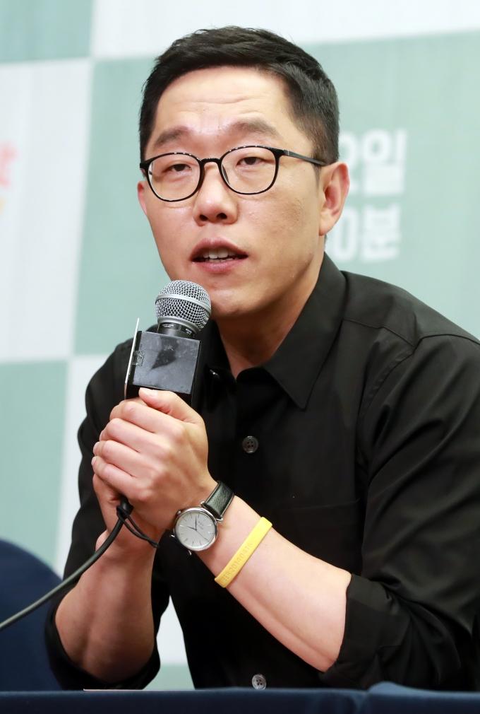 """김제동이 라디오에 출연해 """"정치 생각은 없다""""고 밝혔다. /사진=스타뉴스"""