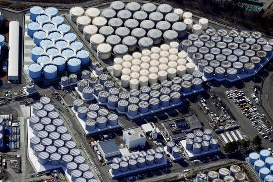 가토 가쓰노부 관방장관이 후쿠시마 오염수 해양 방류에 대한 한국과 중국의 비판을 반박했다. 사진은 지난 2월 후쿠시마 제1원전 처리수 저장탱크 모습. /사진=로이터
