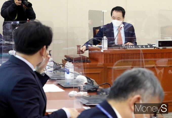 [머니S포토] 제2 LH사태 막을 '이해충돌방지법' 정무위 처리 예정