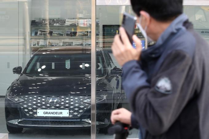 지난 11일 서울 시내의 한 현대자동차 대리점 모습./사진=뉴스1 임세영 기자