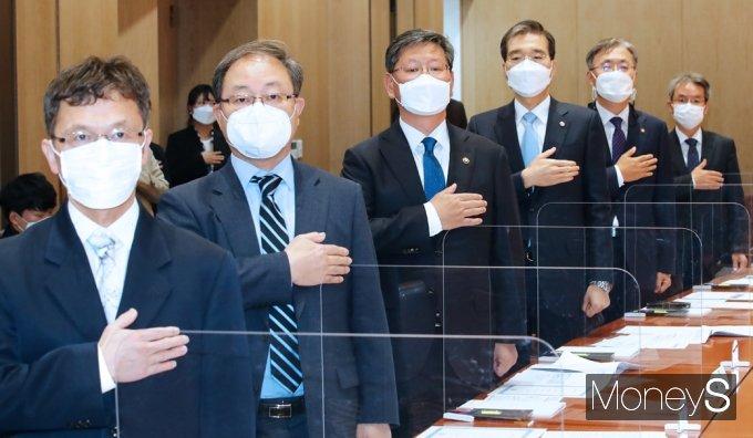 ▲최정학(왼쪽부터), 한석훈, 이용구, 이종엽, 김형두, 김남준 위원.