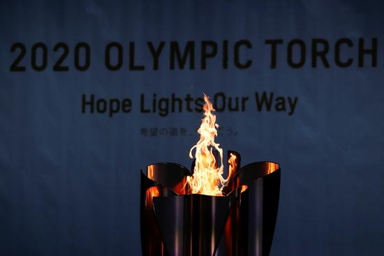 도쿄 올림픽 개막을 앞두고 코로나19 신규 확진자가 급증하면서 성화봉송과 대회 준비가 차질을 빚었다. /사진=로이터