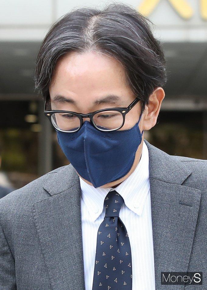 [머니S포토] 프로포폴 불법투약 '채승석' 재구속 면해...
