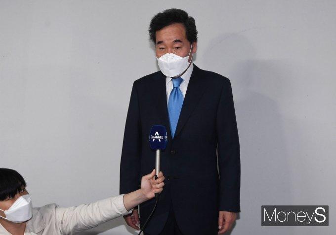 """[머니S포토] '자가격리 해제' 이낙연 """"기대부응 못해 면목 없었다"""""""