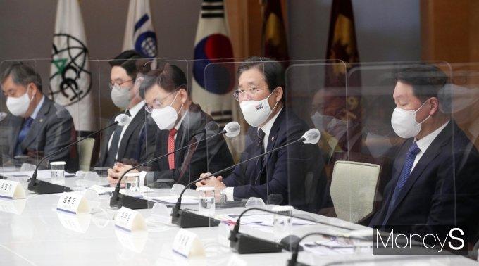 """[머니S포토] 성윤모 """"업계 건의 수용 '탄소중립 산업전환 촉진 특별법(가칭)'제정 추진"""""""