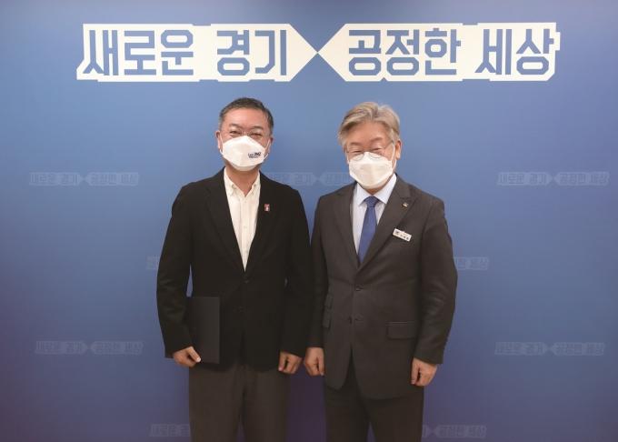 배우 김의성이 '2021 렛츠 디엠지(Let's DMZ) 평화예술제'의 홍보대사 겸 조직위원회 부위원장으로 위촉됐다. / 사진제공=경기도