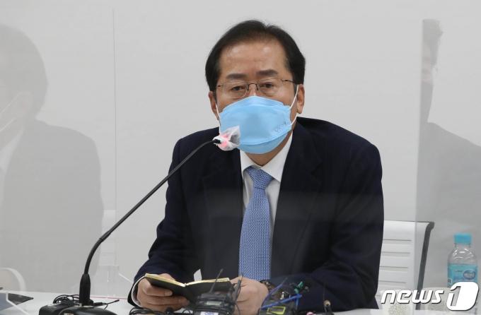홍준표 무소속 의원/뉴스1 © News1 국회사진취재단