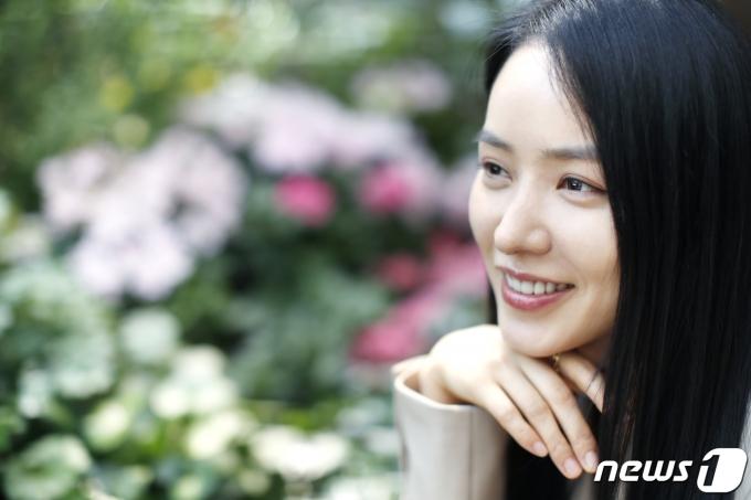 [사진] 안지혜, 꽃처럼 곱고 예쁜 미소