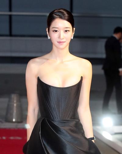 '김정현 조종설'에 휩싸인 배우 서예지가 과거 방송에서 보였던 무례한 행동이 재조명되고 있다. /사진=뉴스1