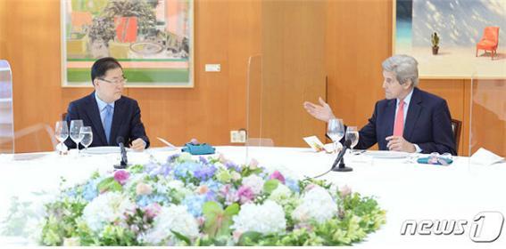 """""""오염수 해양방출 막아 달라""""는 한국 요청에… 미국 """"개입 안할 것"""""""