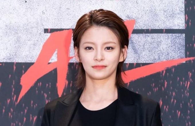 배우 정혜인이 황신혜 닮은꼴로 시선을 사로잡았다. /사진=OCN 제공