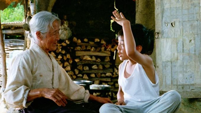 영화 '집으로'에 출연했던 김을분 할머니가 작고했다. /사진=(주)팝엔터테인먼트 제공