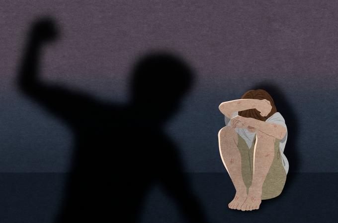 아들을 폭행하고 아내를 협박한 남성이 징역형을 선고받았다. /사진=이미지투데이