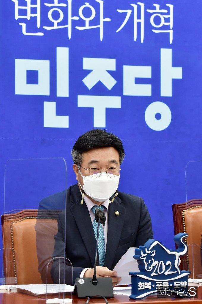 """[머니S포토] 윤호중 """"민주당, 정부와 함께 자가검사 키트 조건부 허가 논의중"""""""
